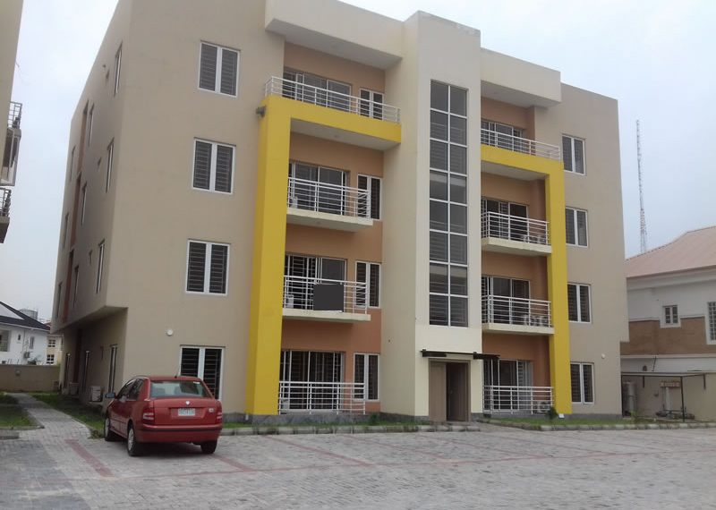 Exquisite 3 bedroom flat with a room boy's quarter