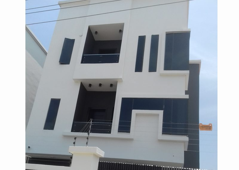 An exquisite 4 bedroom fully detached duplex with a room boys' quarter
