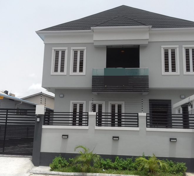A newly built 5 bedroom fully detached duplex and a room boy's quarter