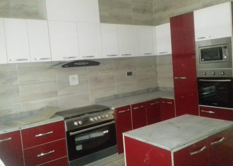 A beautiful 5 bedroom fully detached duplex with a room boy's quarter
