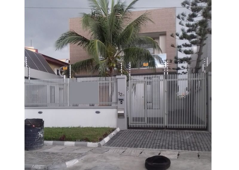 Beautifully built 5 bedroom fully detached duplex with 2 rooms BQ