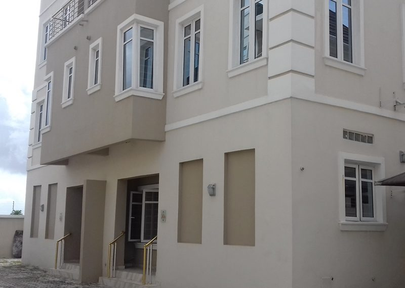 A luxuriously built 5 bedroom terrace duplex with a room boy's quarter