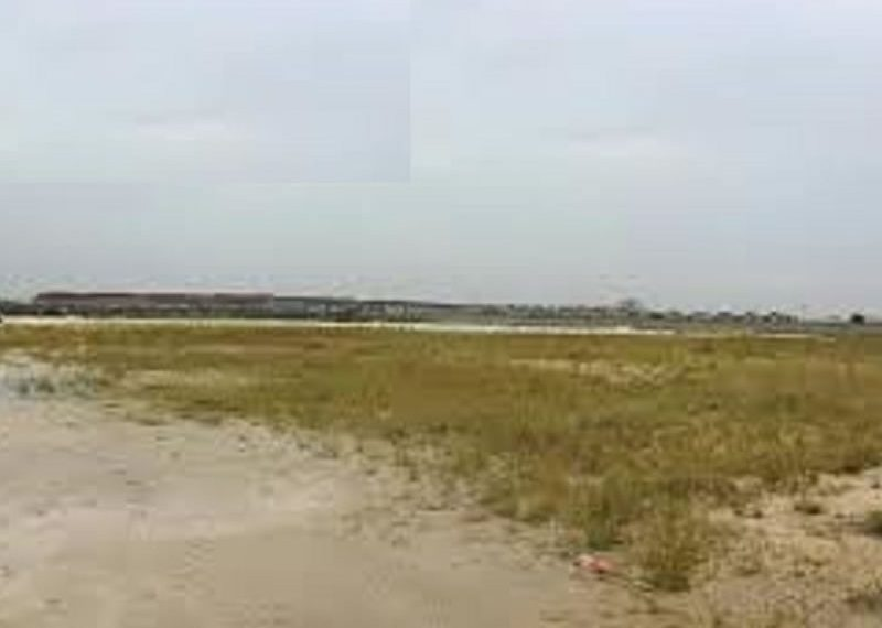Water view residential land measuring 4000sqm