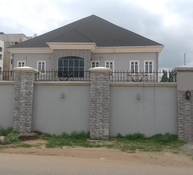 A magnificently built 8 bedroom fully detached duplex and 2 rooms' BQ