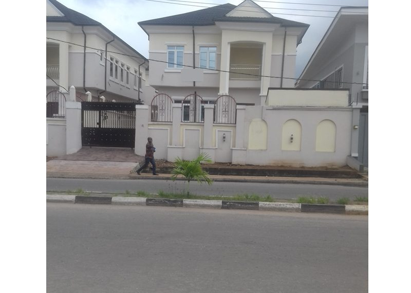 A luxury 4 bedroom fully detached duplex with a room boy's quarter