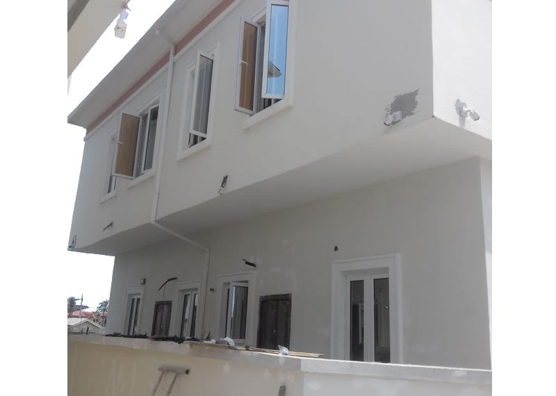 A comely 4 bedroom fully detached duplex with a room boys' quarter