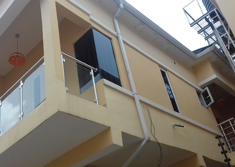 A well finished 5 bedroom fully detached duplex with a room boy's quarter