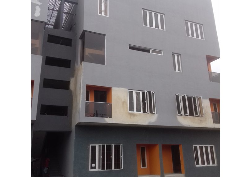 A nicely finished 2 bedroom flat