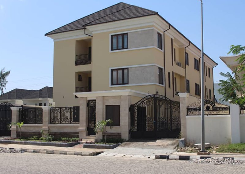 A superbly finished 4 bedroom semi-detached duplex with a room BQ