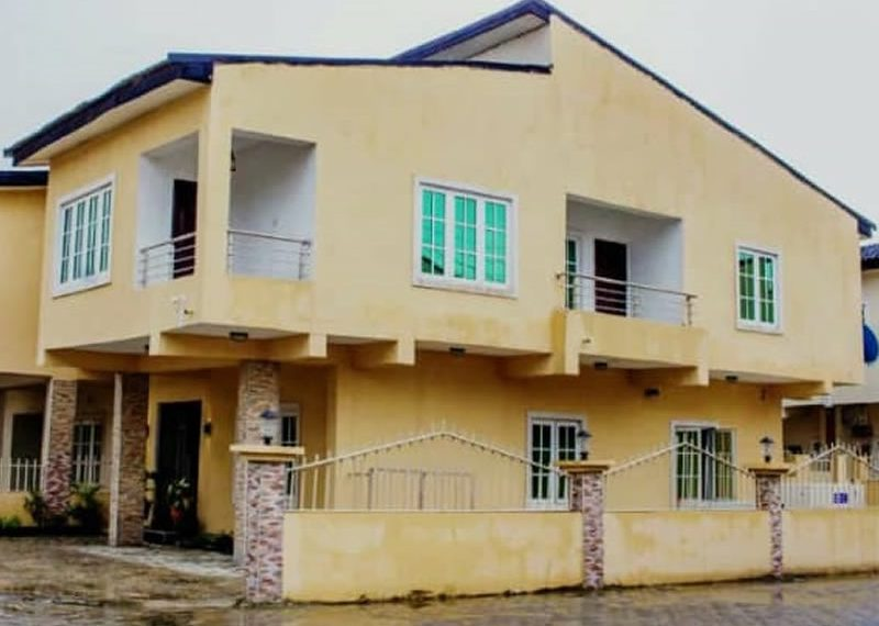 A luxury 4 bedroom detached duplex with bq for sale in Lagos, Ajah