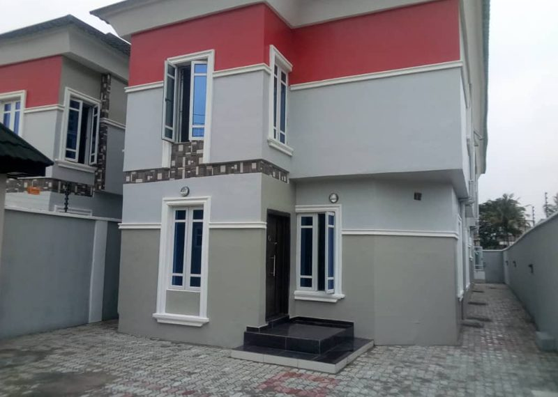 New Luxury detached 5 bedroom duplex for sale in Ogun state, Arepo
