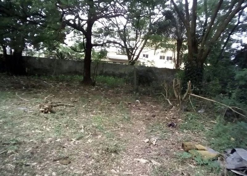 Full plot of land with Structure for sale in Lagos, Isolo Okota