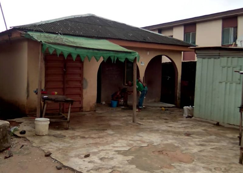 9 rooms bungalow tenement house for sale in Lagos, Ikotun
