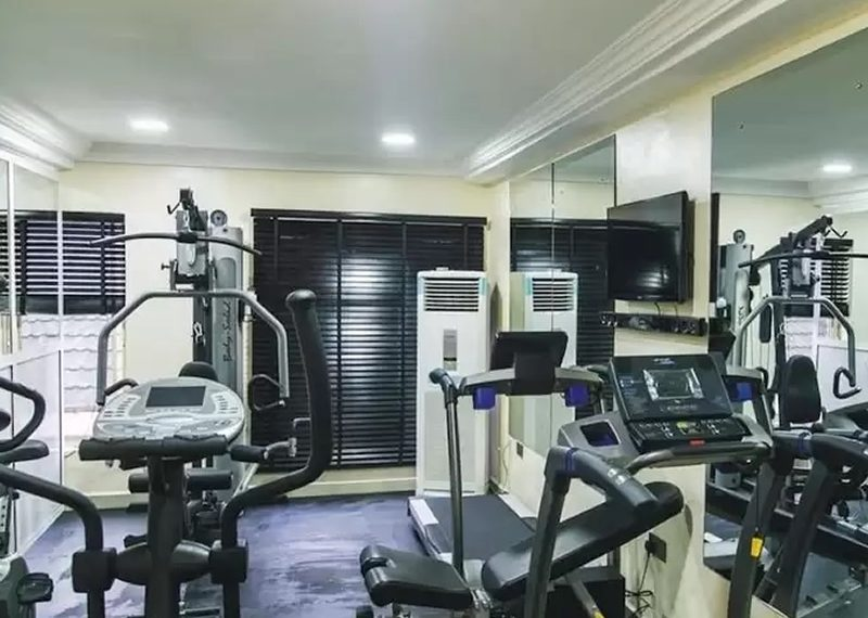 A luxury 40 functional rooms hotel for sale in Lagos, Lekki Phase 1