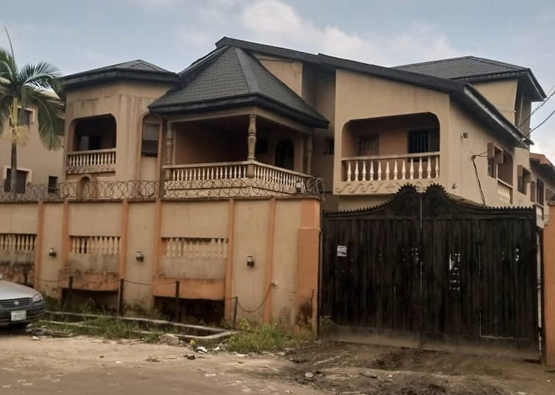 A 5 bedroom detached Duplex for sale in Lagos, Isolo, Okota