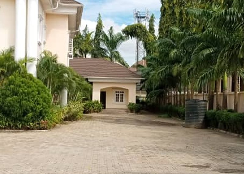 A tastefully built 6 bedroom detached Duplex for sale in Abuja, Asokoro