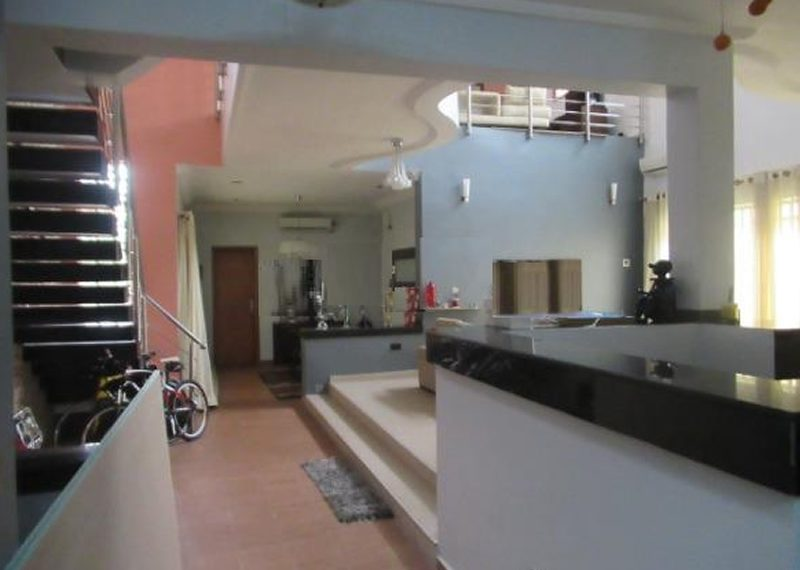 A 5 Bedroom semi-detached duplex for sale in Lagos, Lekki Phase 1