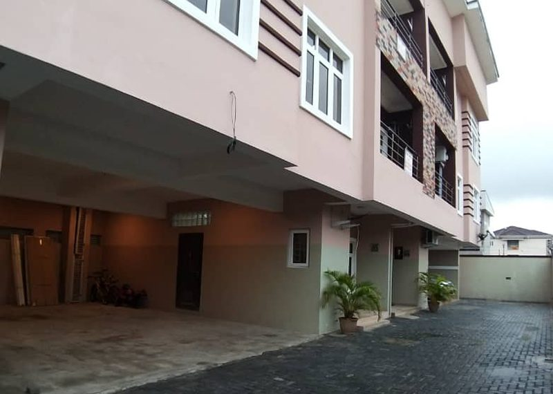Exquisite 4 Bedroom Terrace Duplex with 1 Room Bq for sale in Oniru, Victoria Island, Lagos