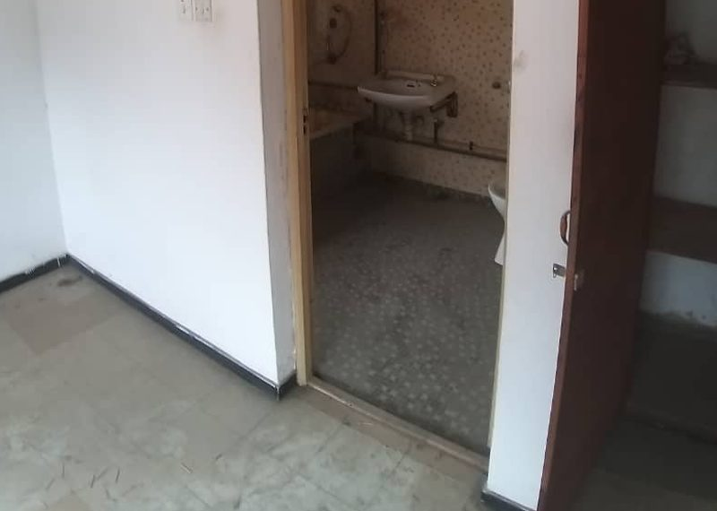 A block of 6 units of 3 bedroom flats for sale in Aladura Estate, Anthony, Lagos