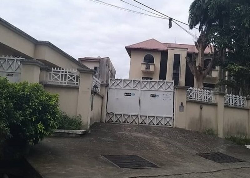 sitting on 3,000sqm land with swimming pool, gym facility, all rooms en suite etc.