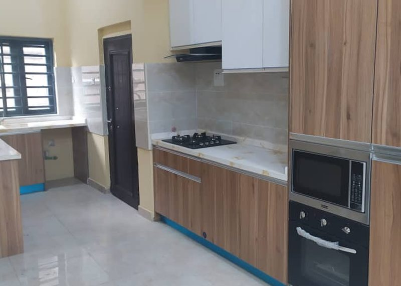 2 bedroom flat for sale with attached bq