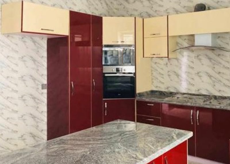 A 5 bedroom fully detached duplex for sale