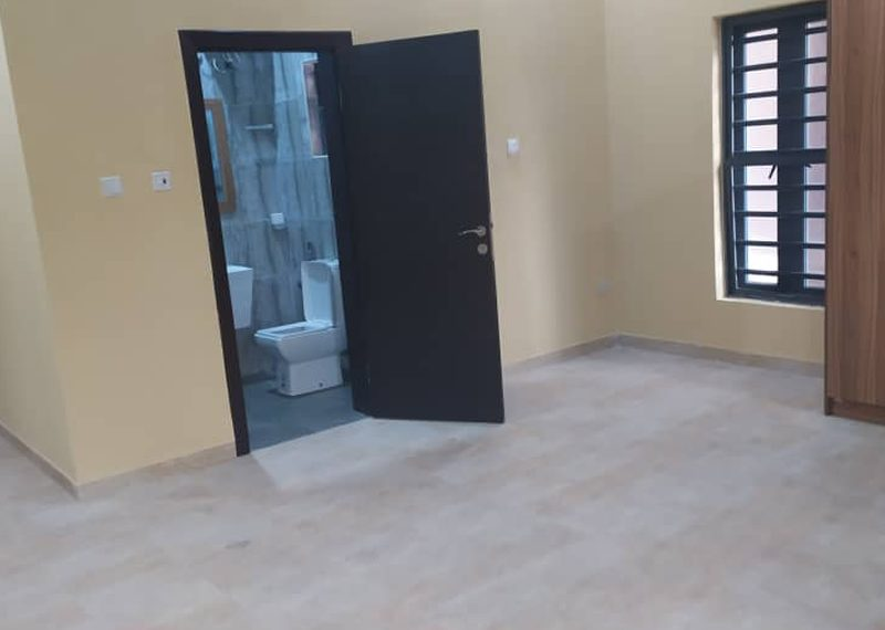 Flat for sale in Ogudu GRA