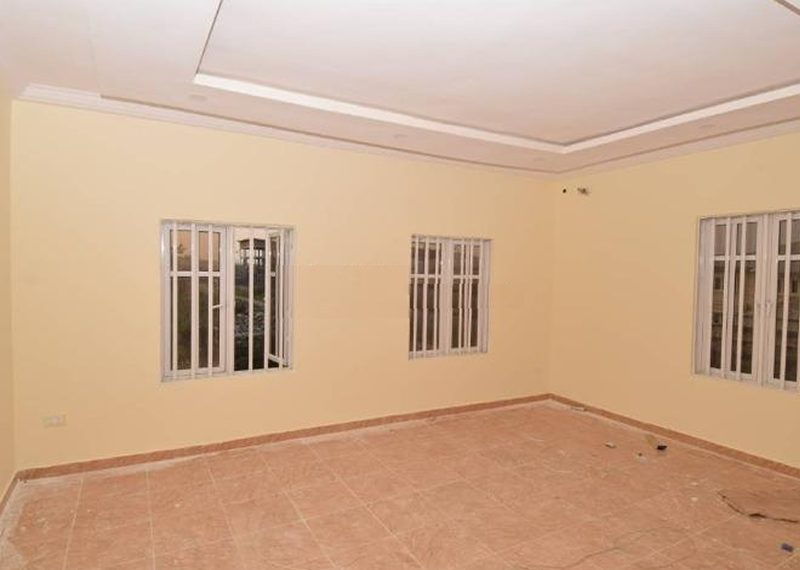 A 4 bedroom fully detached duplex with a bq