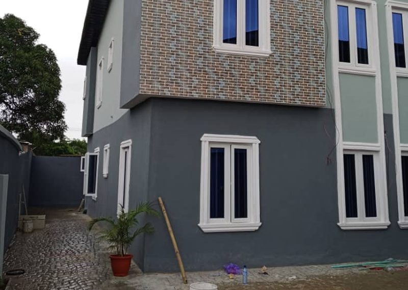 3 bedroom flat for rent in Palmgrove estate