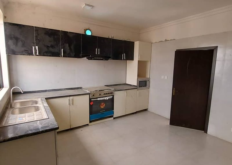 3 bedroom masionettes with bq