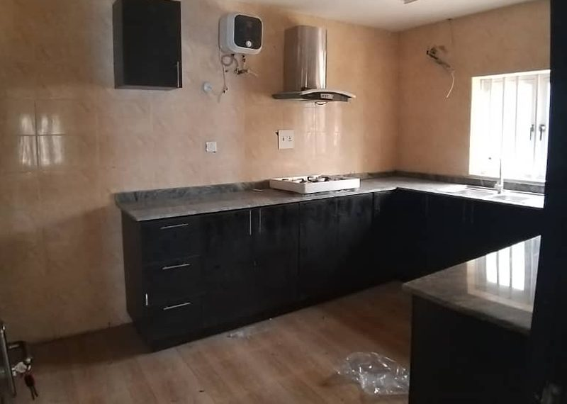 5 bedroom duplex for rent in Ilupeju
