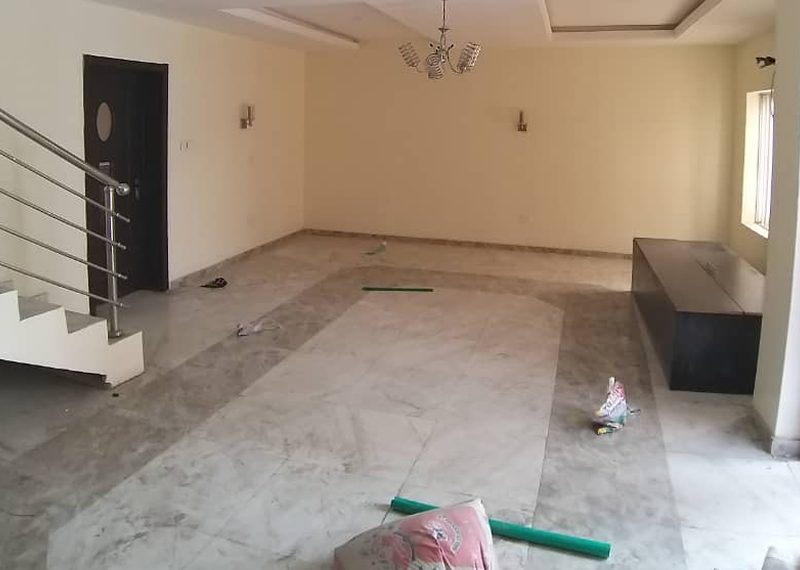 A semi detached duplex for rent in Ilupeju Estate