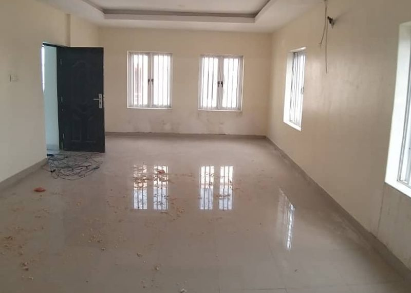 Spacious 5 bedroom semi detached duplex