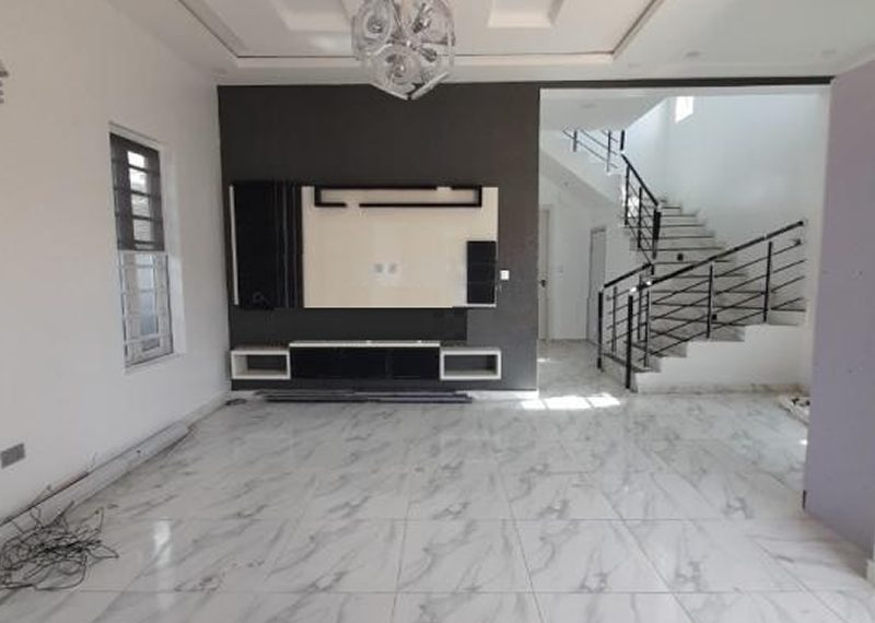 A newly built 4 bedroom duplex in Osapa