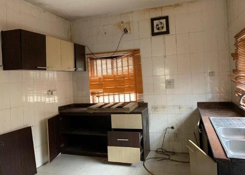 A 4 bedroom detached duplex in Oniru