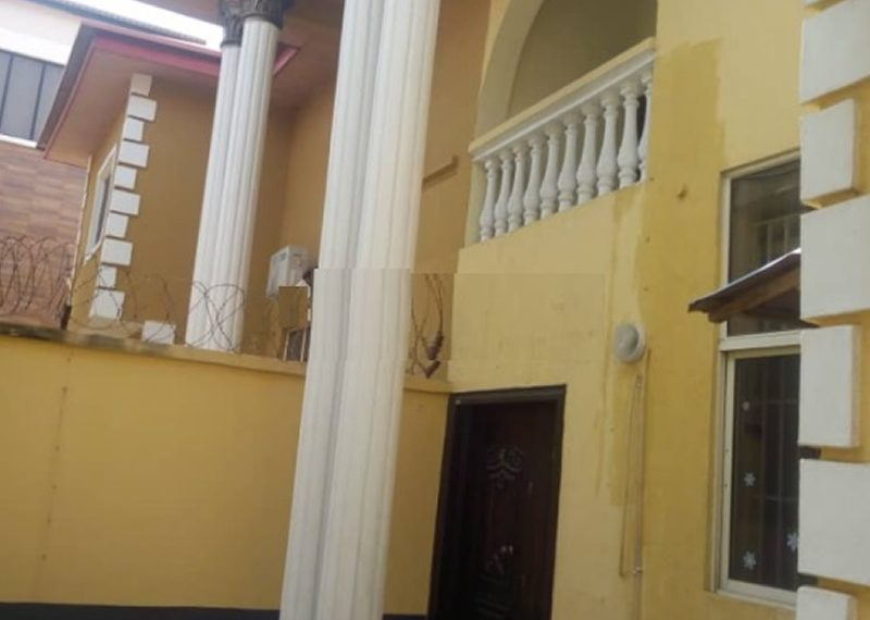 A wing of 4 bedroom duplex for sale