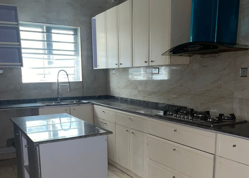 A semidetached 4 bedroom duplex in Southern View