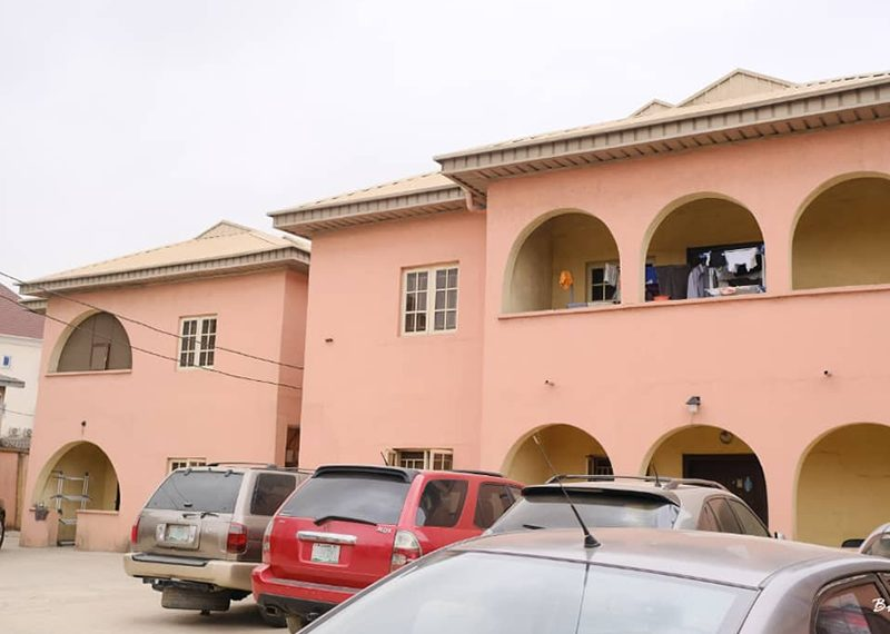 Block of flats for sale in Surulere