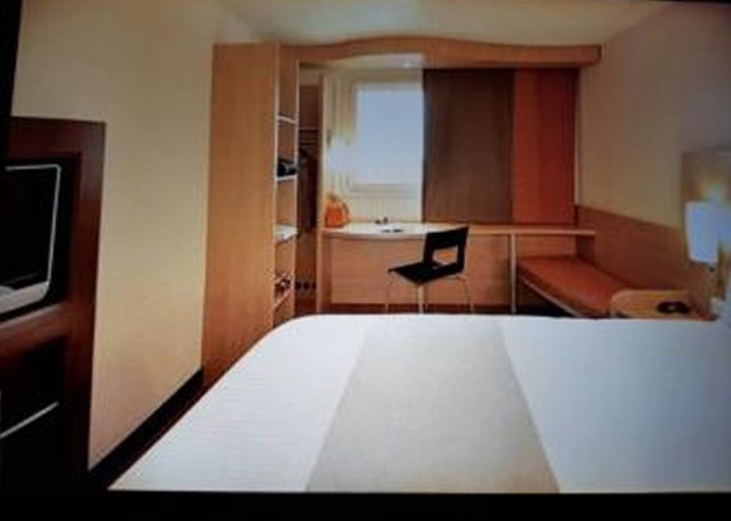 Hotel of 188 rooms for sale in Isolo
