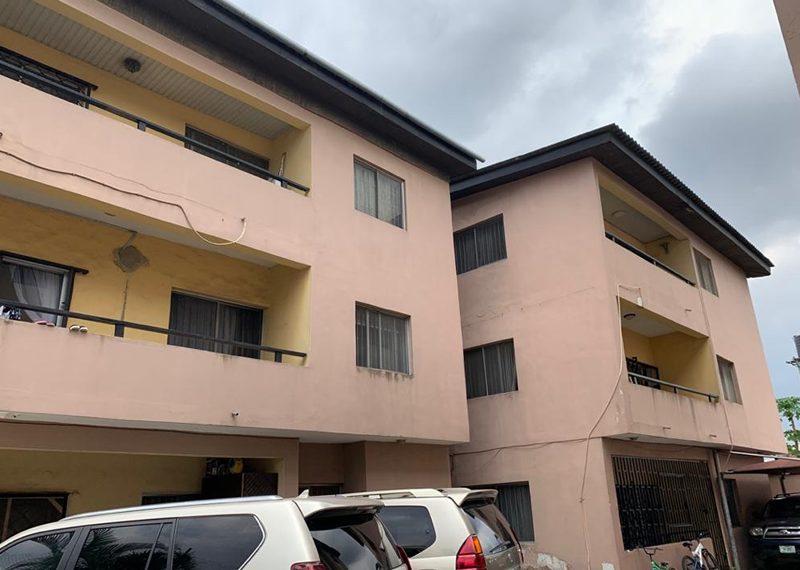 A 3 bedroom flat for sale in Adeniyi Jones, Ikeja