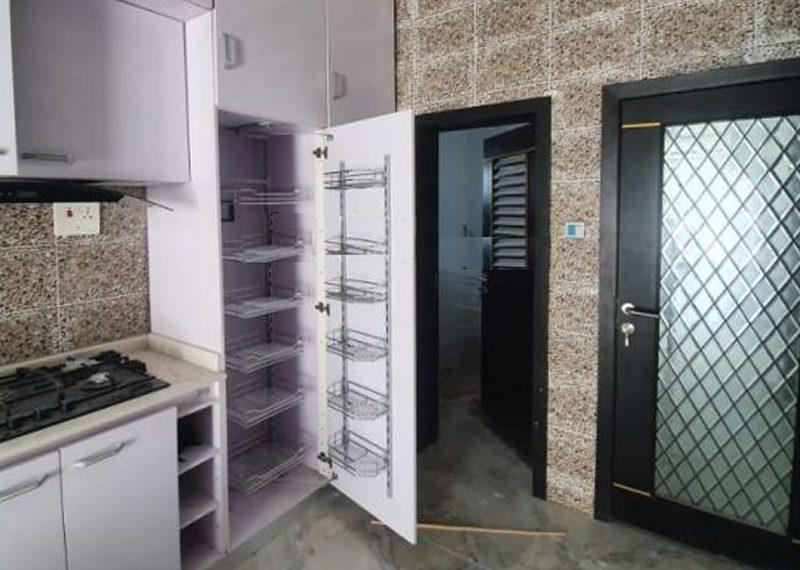 A fully detached duplex for sale in Ikate Elegushi